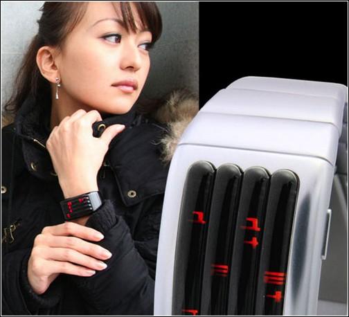 Необыкновенные часы от Tokyoflash.