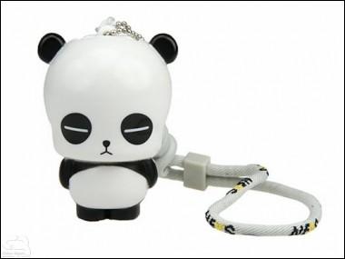 Панда с флэш-накопителем.