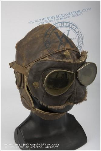 Британский шлем эпохи Первой мировой войны.