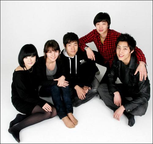 Та самая группа корейских разработчиков.