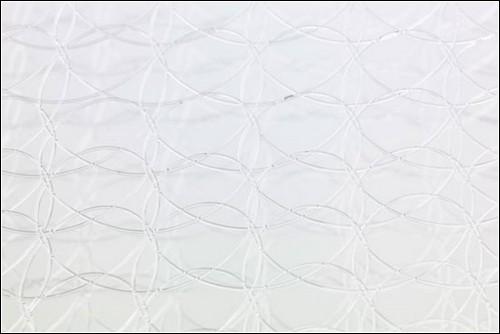 Волокна для скамьи необходимо сплетать вручную.