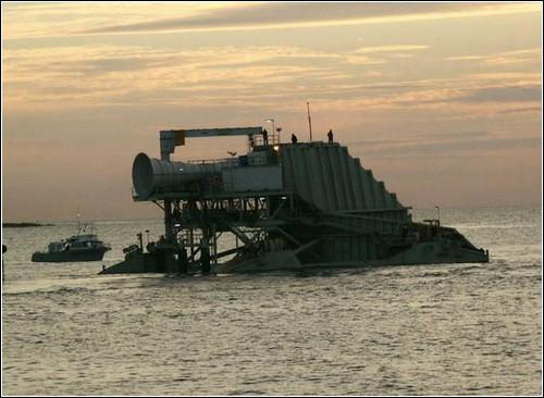 Волновая электростанция Oceanlinx.