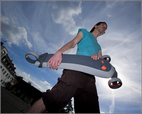 Pumpboard – надувной скейтборд.