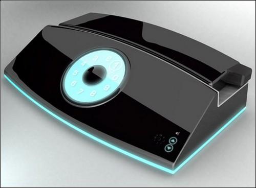 напоминает одновременно и обычный стационарный телефон, и iPhone