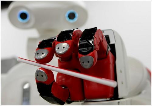 Большая галерея роботов.