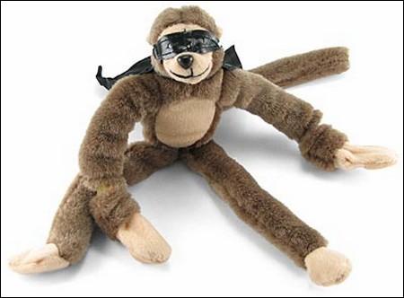 Летучая супергеройская обезьяна.