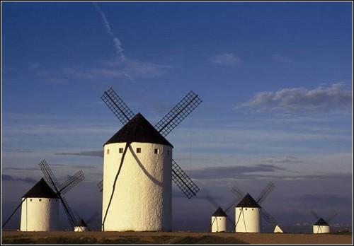 Использование энергии ветра имеет в Испании долгую историю.