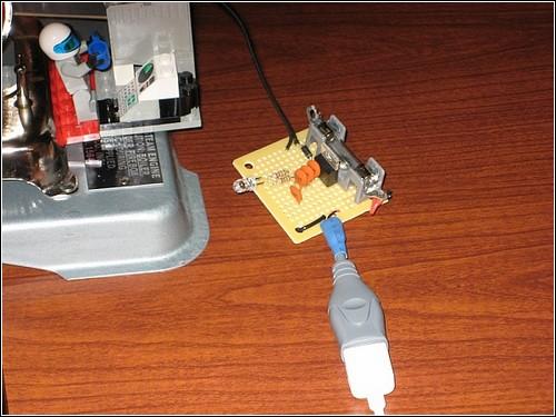 Стимпанковая зарядка для iPod.
