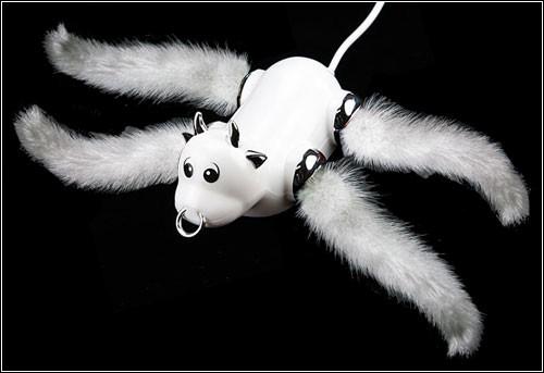 USB-монстр от Эвана Аккермана.