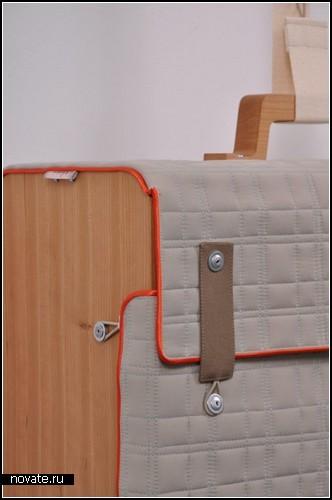 Чемоданы-полочки в дизайн-проекте Tassenkast