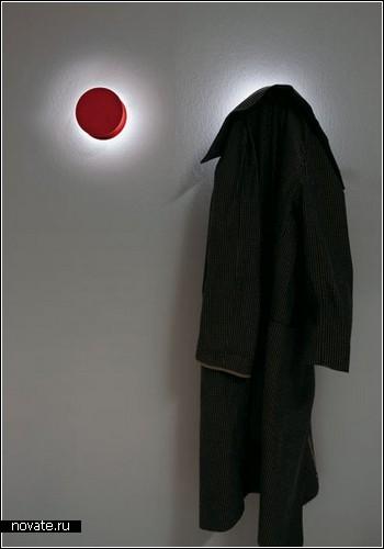 Вешалка-светильник Alone Illuminating Coat Hook