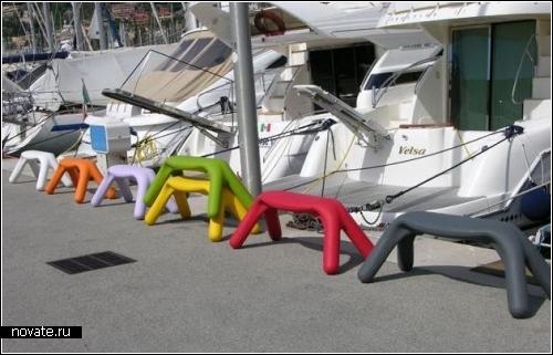 Atlas bench. Дизайнерские скамейки для курильщиков