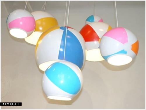 Люстры в виде пляжных мячиков - Beach Ball Lamps.