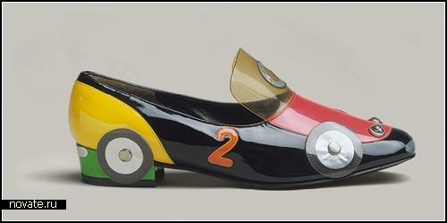 Автомобильные туфли для рекламы машин