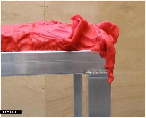 Claytable - стол из глины
