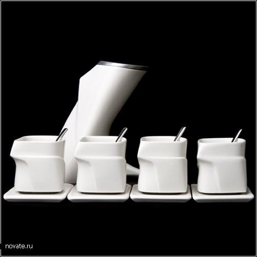 Угловатый чайник с угловатыми чашками. Дизайнерский проект Леонарда Лившица (Leo Livshetz)
