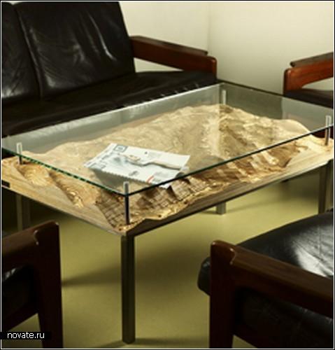 Горы, вулканы, реки и озера внутри журнального столика. Дизайн компании Fluid Forms совместно с Google Maps