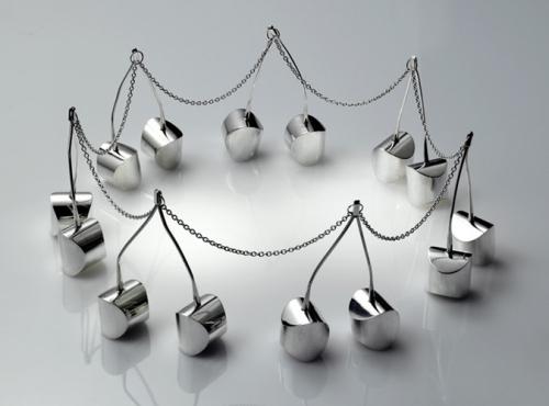 Серебряные вишенки неправильной формы