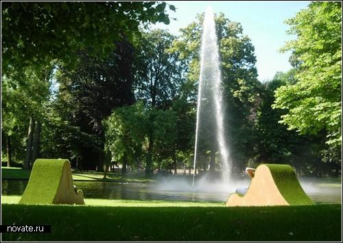 Травяные шезлонги Lawnge chairs для парков Голландии