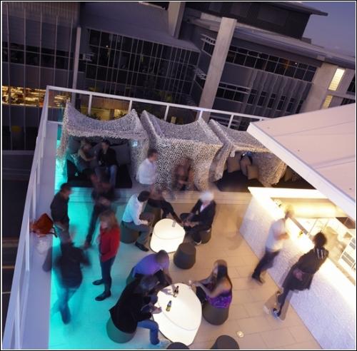 Limes Hotel  - австралийская гостиница Александра Лотерштайна (Alexander Lotersztain), получившая премию Corian Design Awards