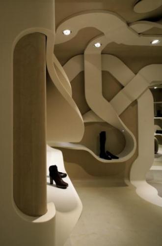 Дизайн обувного магазина от Фабио Новамбре