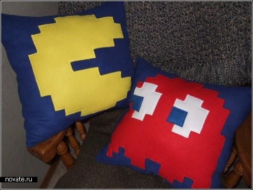Pacman и Mario - подушки из компьютерных игрушек
