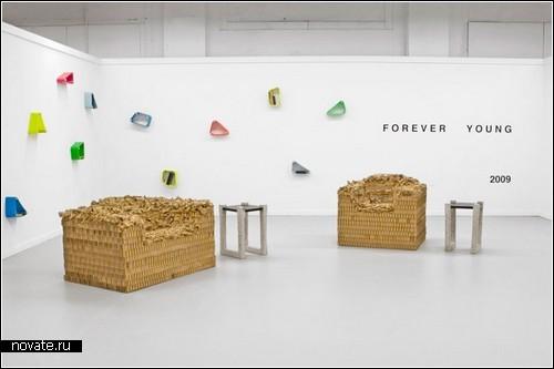 Полки Stretch Shelf из коллекции под названием Forever young