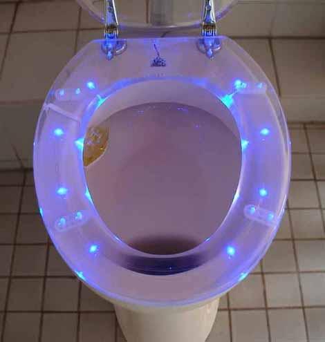 В туалете - как в рождественской сказке
