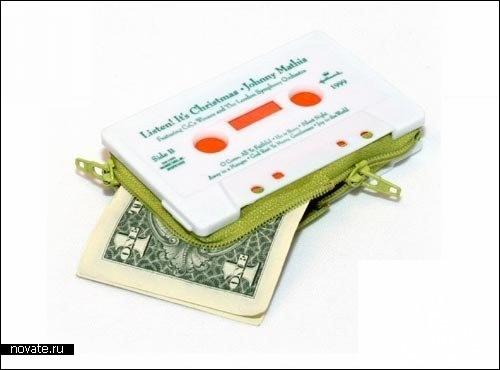 Девайсы для наличных. Обзор дизайнерских бумажников