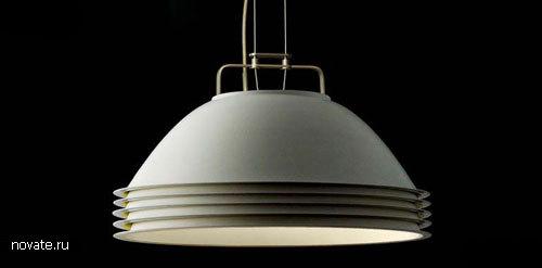 Лампа-тарелка от Axel Schmid