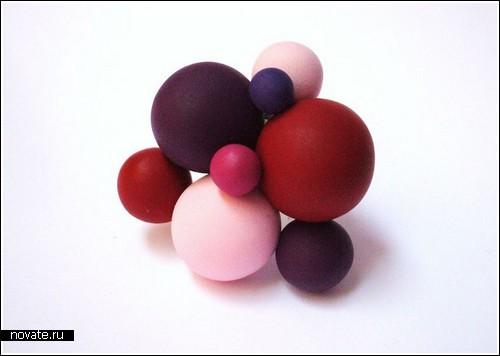 Колечки с «атомами»