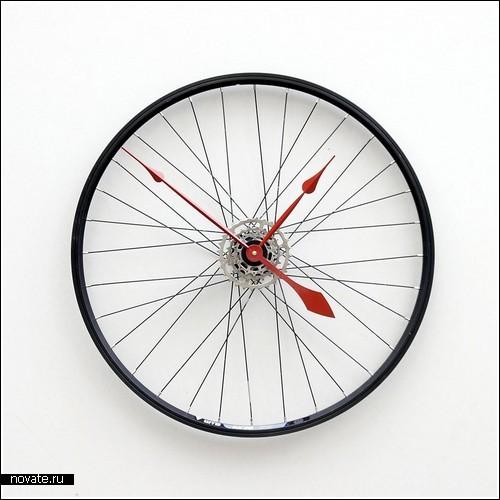Как сделать из старого колеса часы?
