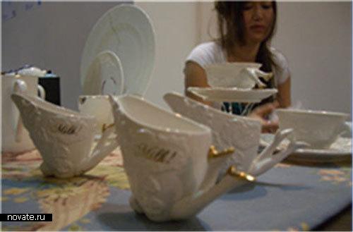 Чайный сервиз с ножками