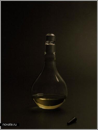 Лампа, включающаяся от капли крови