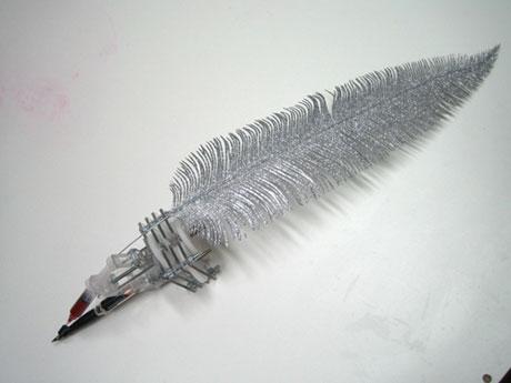 ручка, пишущая кровью от Bob Partington