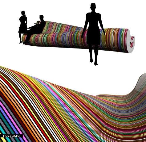 Разноцветная скамья «Кость» от Димы Логинова