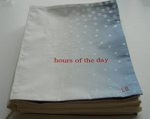 Книга от Луизы Буржуа