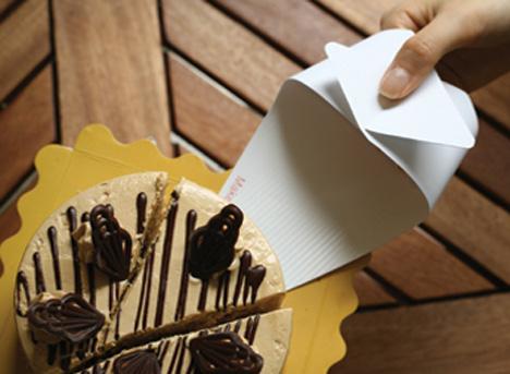 тарелка для кекса от Junk-Suk Choi