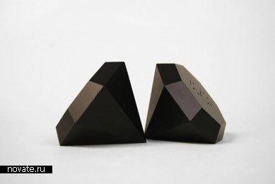 Солонка и перечница в виде алмазов