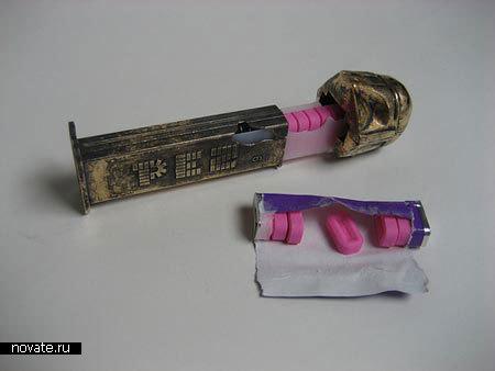 Дозатор конфет PEZ из бронзы в форме Дарта Вейдера