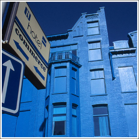 Голубое здание в Голландии