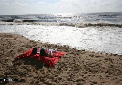 Матрас для пляжа от Dig & Sit
