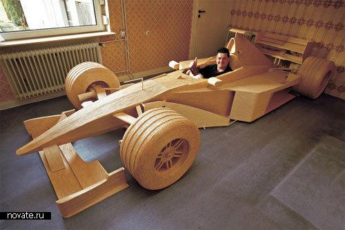 Гоночный болид для Формулы-1 из спичек