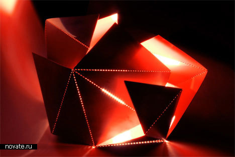 Многогранная лампа от Thomas Hick