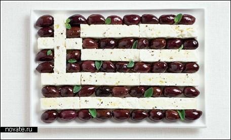 Национальные флаги из национальной пищи.