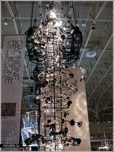 Кристаллы Swarovski на выставке в Торонто
