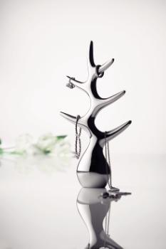 статуэтка для драгоценностей от Louise Christ