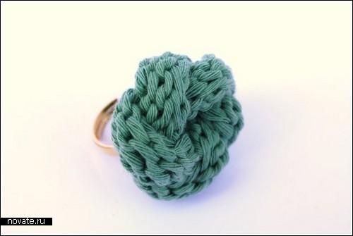 Вязаные кольца, колье и браслеты от Emmanuelle Esther