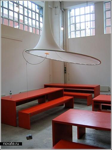 Лампа «La Estirada» на Фестивале дизайна в Лондоне