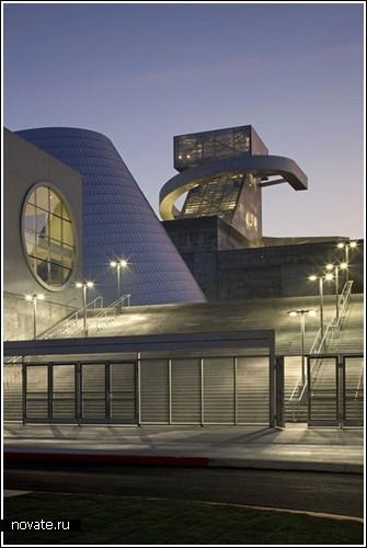 Средняя школа в Лос-Анджелесе